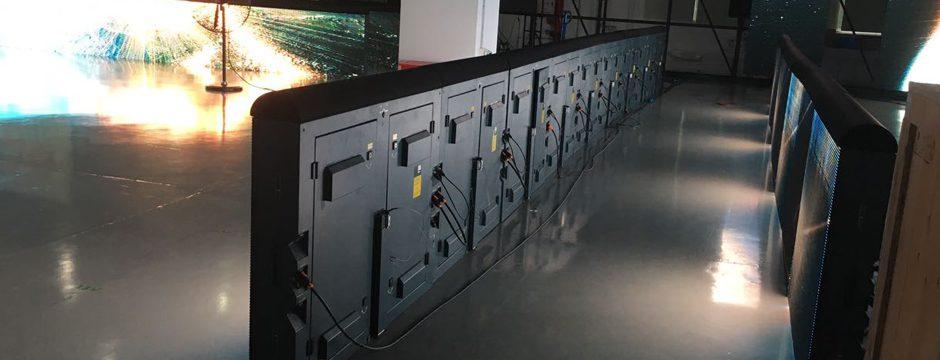 Videobande videobanden led-banden ledbande werbebande werbebanden fußball handball basketball Stadion bandensystem