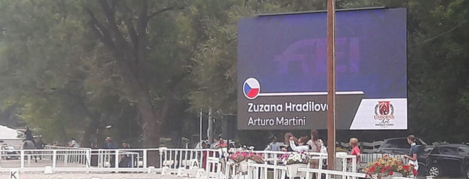 LED Videowall mobil outdoor Trailer Truck Anhänger mieten Wien Österreich