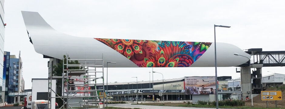 Videowall Werbung - größte LED Videowall Österreich - Flughafen Wien Schwechat